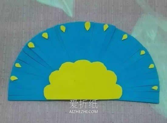 怎么用海绵纸做孔雀的简单方法图解- www.aizhezhi.com