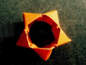 怎么折纸空心五角星的折法图解