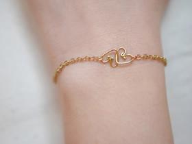 怎么用金属丝做情人节爱心手链的方法图解