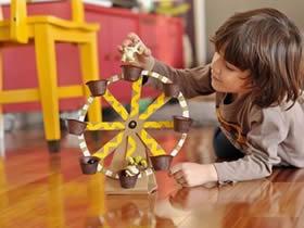 怎么用硬纸板做摩天轮玩具的方法图解