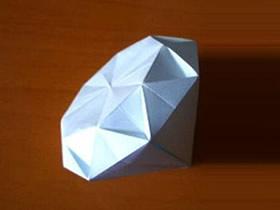 怎么用一张纸折纸立体钻石的折法图解