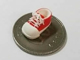 怎么用超轻粘土做鞋带鞋子的方法图解