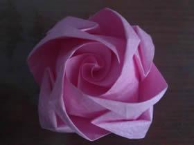 怎么折纸精致卷心玫瑰花的折法图解