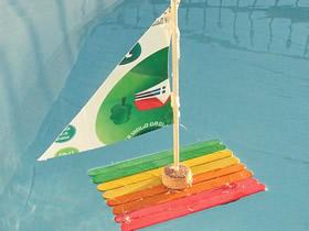 怎么用冰棍棒和软木塞做小船的方法图解