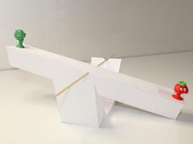 怎么用卡纸做可称量天平的方法图解