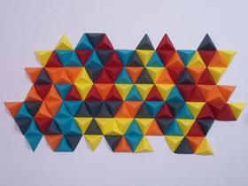 怎么折纸制作抽象墙壁装饰的方法图解