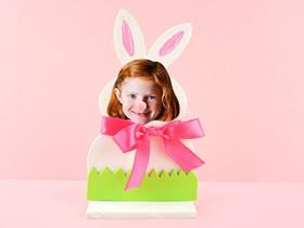 怎么用薄木片做复活节兔子相框的方法图解