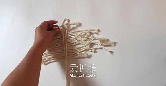 怎么用棉线打结做羽毛挂饰的方法图解- www.aizhezhi.com
