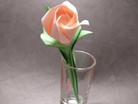 怎么折玫瑰花及茎和叶子