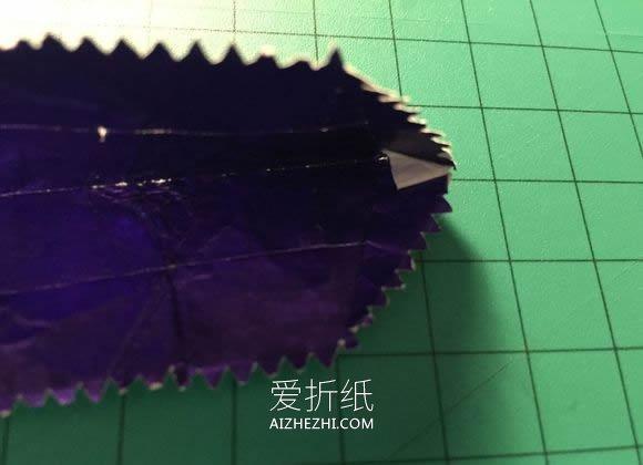 怎么用口香糖纸折纸恐龙头骨- www.aizhezhi.com