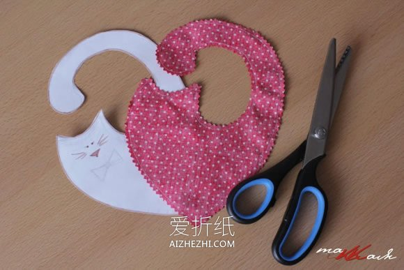 怎么做一对布艺爱心猫咪公仔的方法- www.aizhezhi.com