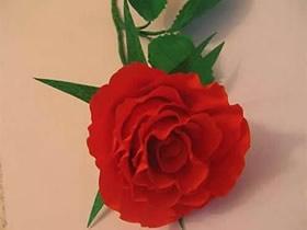 皱纹纸红玫瑰花怎么做教程