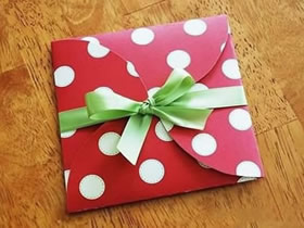 卡纸礼品盒怎么做最简单