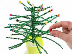 扭扭棒圣诞树怎么做